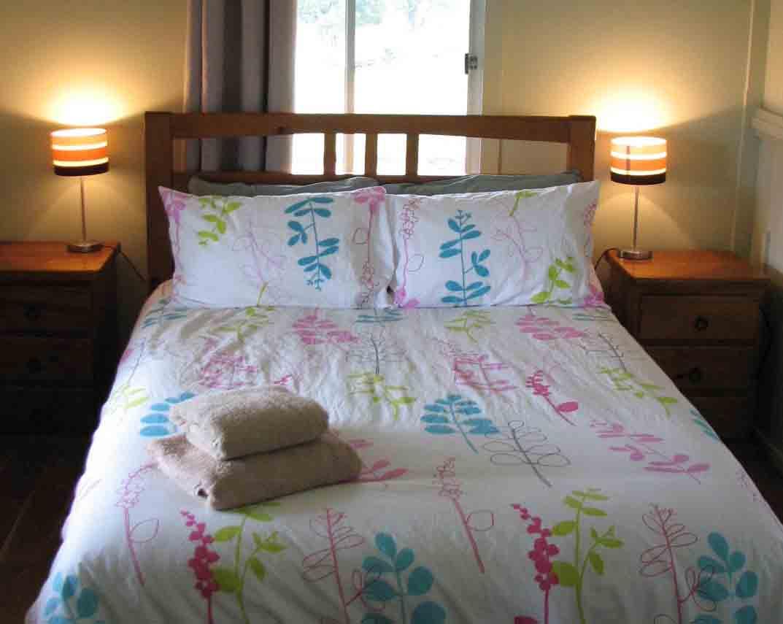 Jerakala Queen Bedroom 3